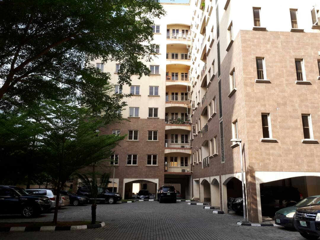3 bedroom apartment with bq
